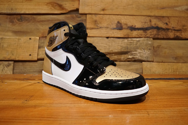 7e1a1bcf340 Air Jordan 1 Retro High OG NRG