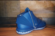 Air-Jordan-16-Retro-TROPHY-ROOM-2016-New-Damaged-Box-Size-10-4395-2_20758C.jpg