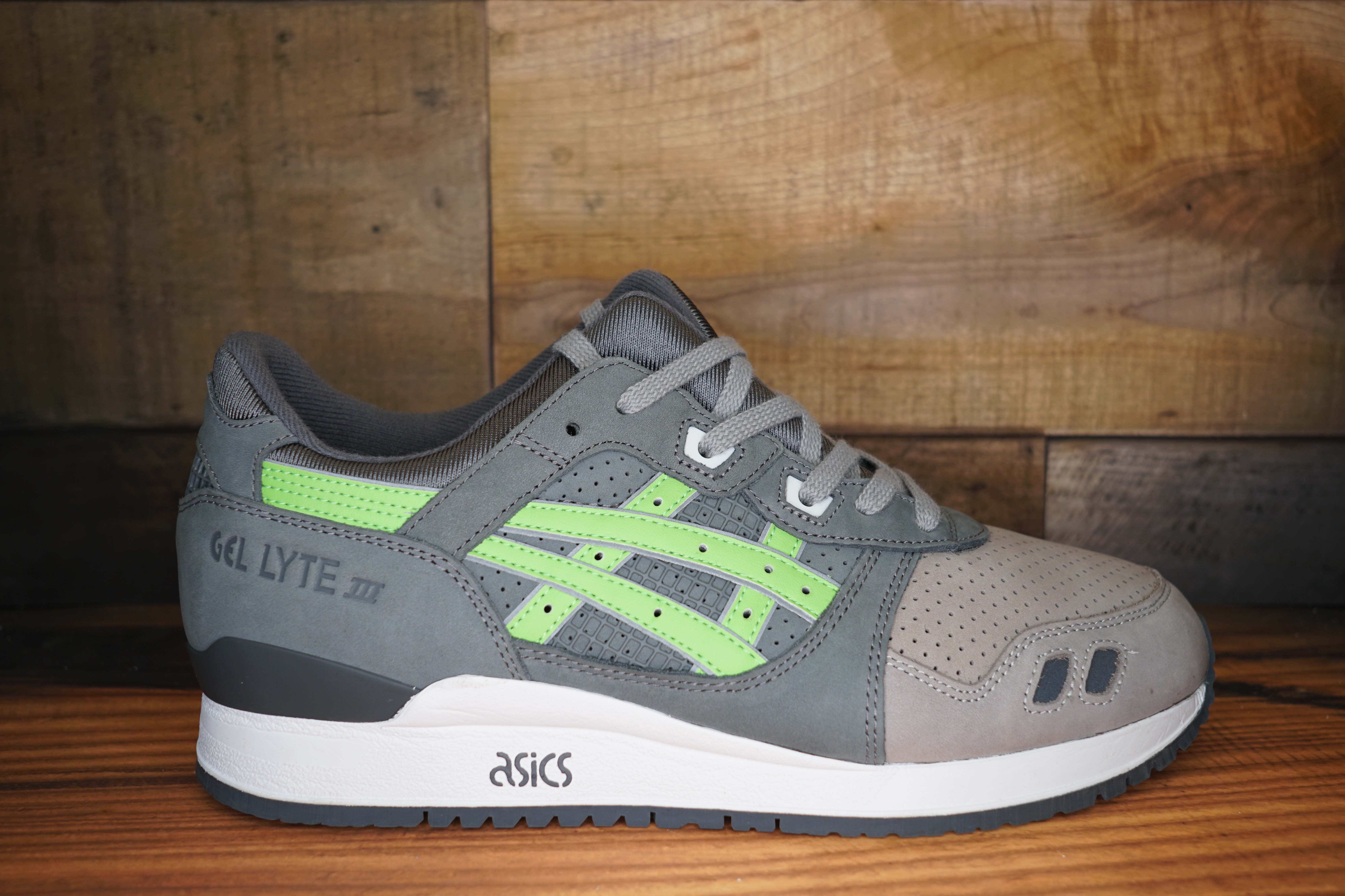 official photos 4c144 a5efb gel lyte 3 super green