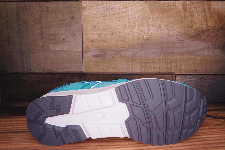 Asics-Gel-Lyte-V-COVE-Size-10-New-with-Original-Box_1696D.jpg