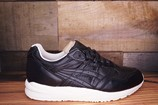 Asics-Gel-Saga-Size-7.5-New-with-Original-Box_1701B.jpg