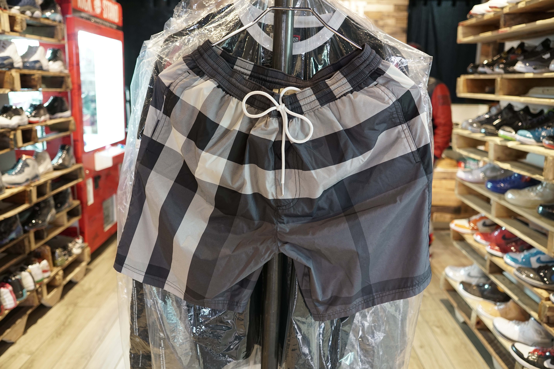 Burberry-Swim-Trunks-Grey-Size-S-New_8841A.jpg