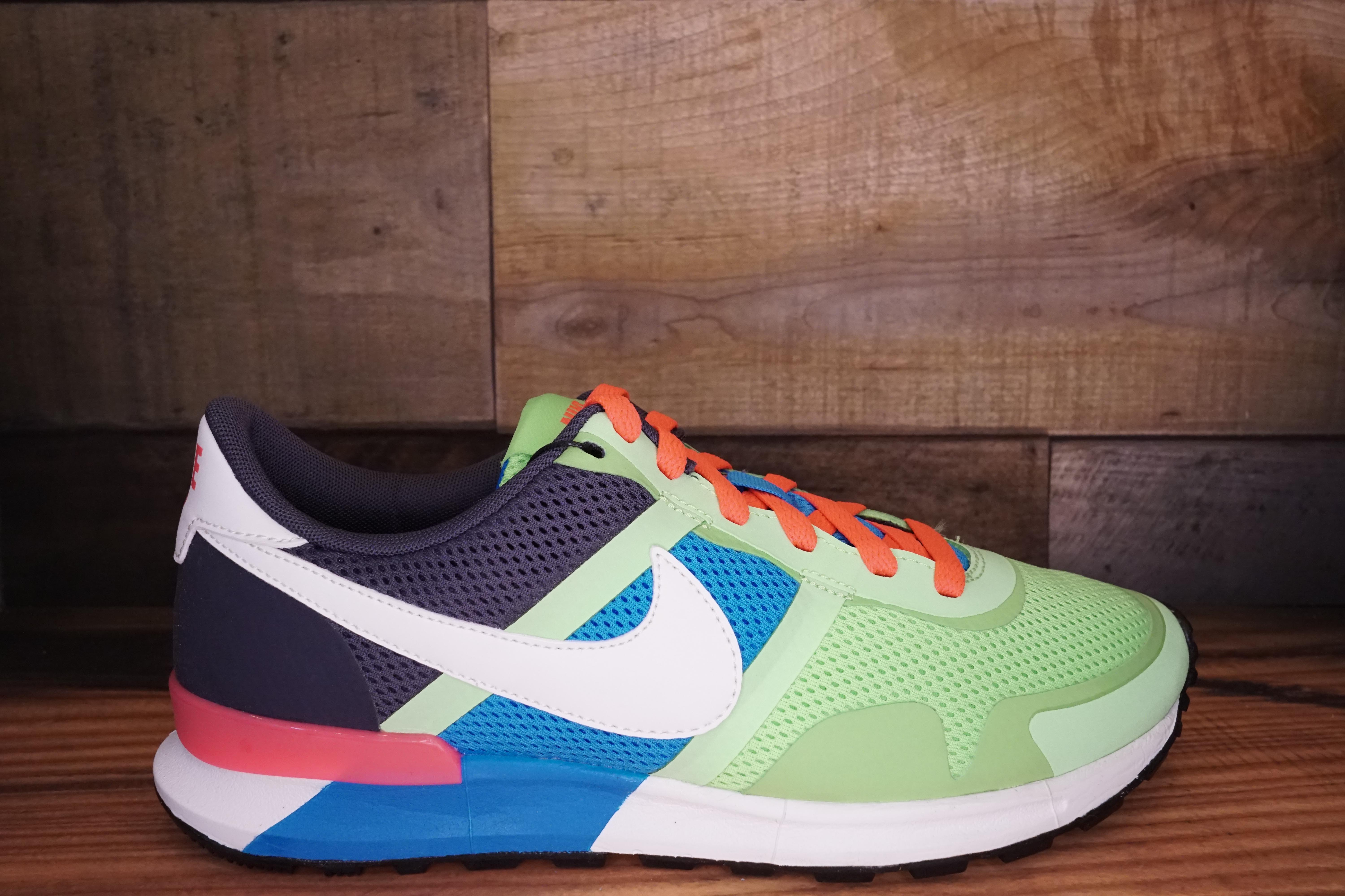 buy popular 93870 d7358 Nike-Air-Pegasus-8330-Size-8-New-Original-