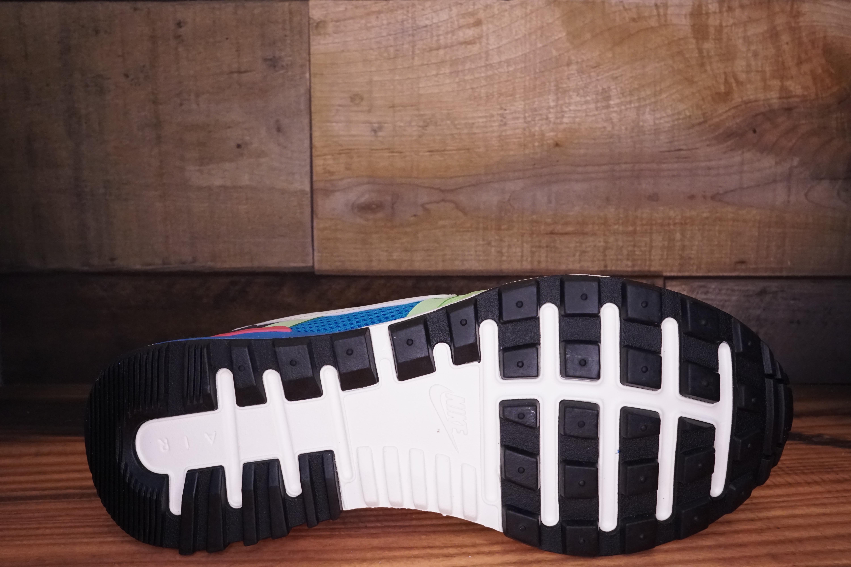 Nike-Air-Pegasus-8330-Size-8-New-Original-Box-2-630_1744D.jpg