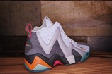 Reebok-Kamikaze-II-Mid-ALAMO-Size-8-New-with-Original-Box_1790C.jpg