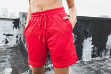 Soled-Out-Basketball-Shorts-Red-Size-L_11977C.jpg