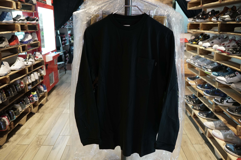 bdb6aaab266 Supreme Long Sleeve Football Tee Black Size Medium New (2046-7 ...