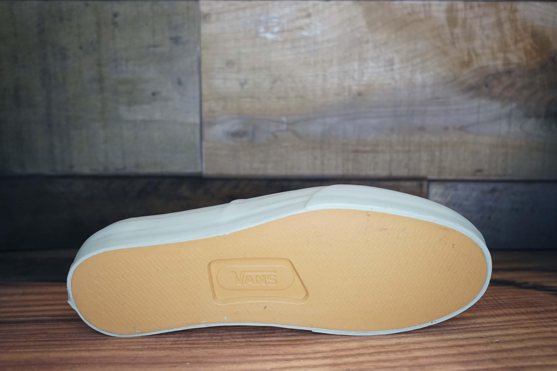 09b316607e Vans Authentic Pro
