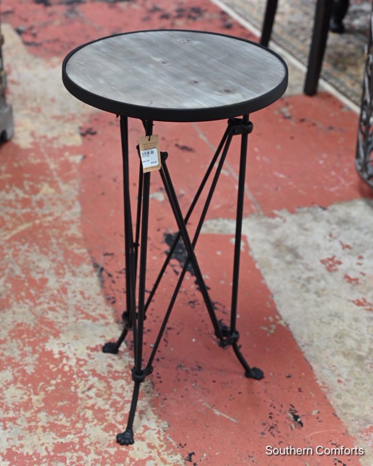 Accent-Table_10206772A.jpg