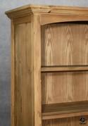 Bookcase_181709D.jpg