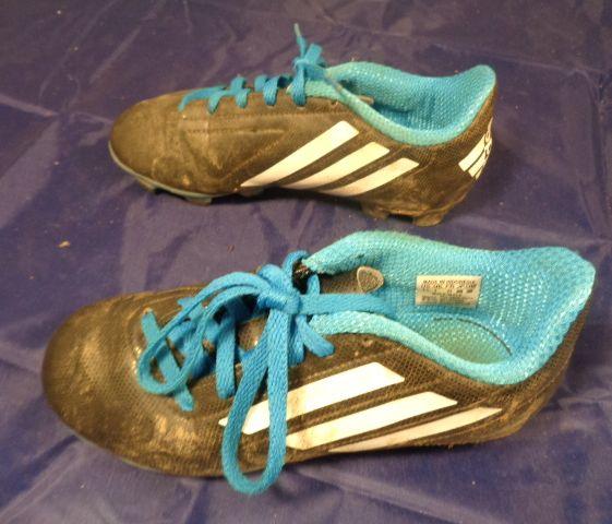 921d3d3038acd8 Adidas-Kids-Soccer-Shoes-TQBLK-1.5 58308A.jpg