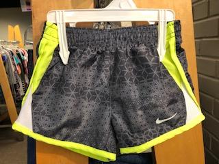 Nike-Size-2T-Girls_1080303A.jpg