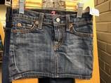 Seven-Size-5-Girls_1071347A.jpg