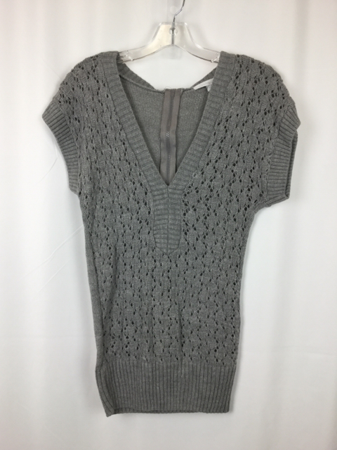 Charlette-Russe-Size-S-Gray-Sweater_231916A.jpg