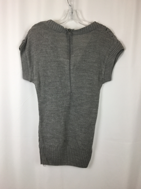 Charlette-Russe-Size-S-Gray-Sweater_231916B.jpg