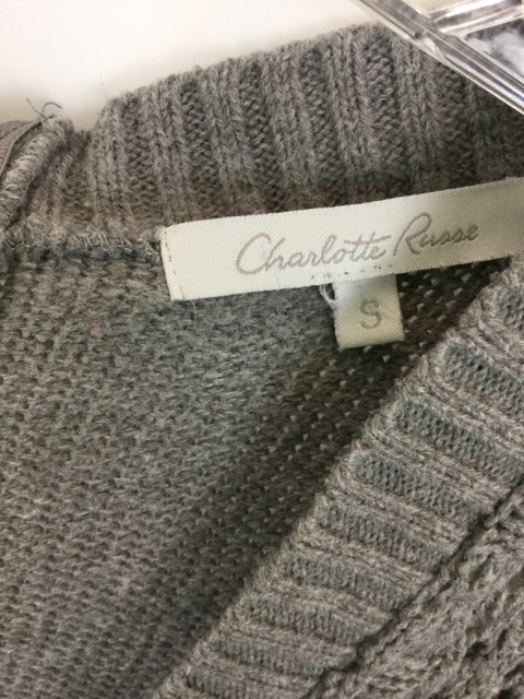 Charlette-Russe-Size-S-Gray-Sweater_231916D.jpg