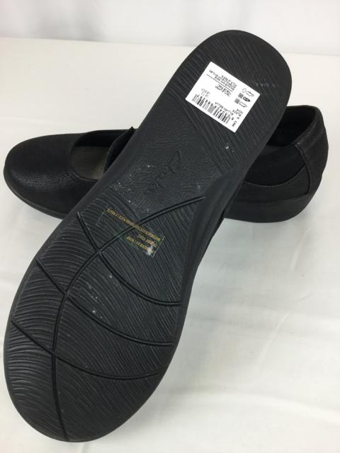 Clarks-9.5-Black-Shoes_236456F.jpg