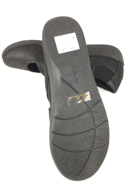 Clarks-9.5-Black-Shoes_236456G.jpg