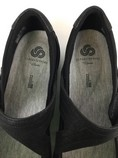 Clarks-9.5-Black-Shoes_236456D.jpg