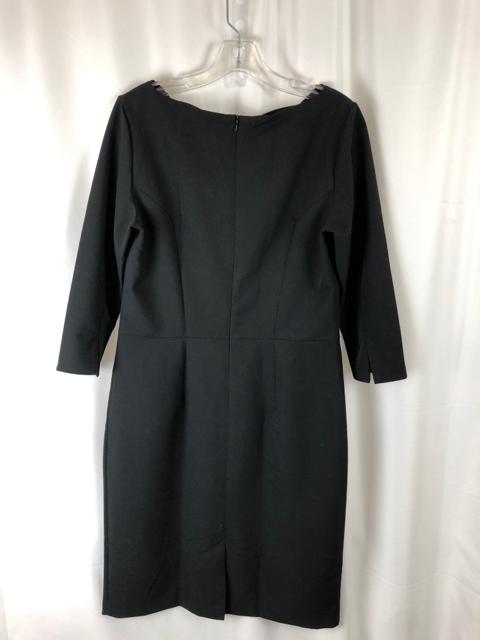 Colett-Size-12-Black-Dress_220355B.jpg
