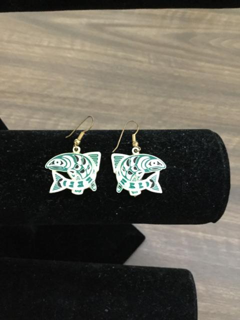 Earrings_217523A.jpg