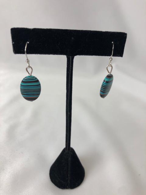 Earrings_225331A.jpg