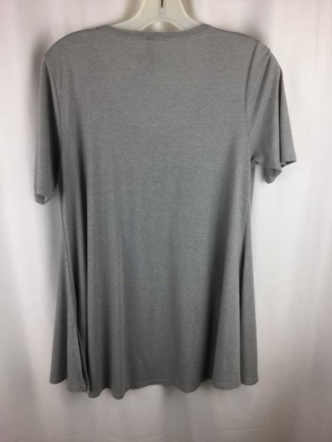 LuLaRoe-Size-XS-Grey-Shirt_239887B.jpg