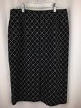 Talbots-Size-8-BLACK-AND-WHITE-Skirt_252153B.jpg