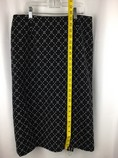 Talbots-Size-8-BLACK-AND-WHITE-Skirt_252153C.jpg