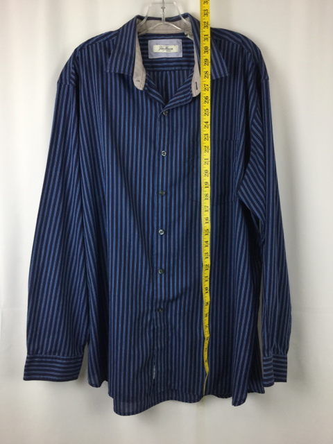 Van-Heusen-XL-Blue-Striped-Button-Up_223401C.jpg