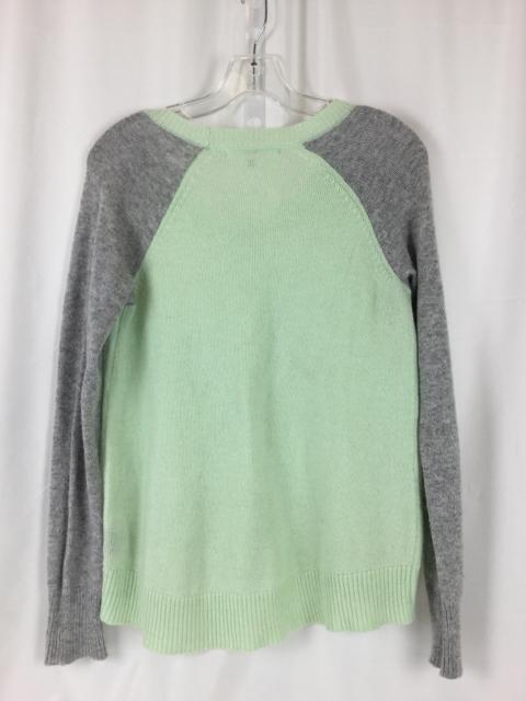 robbi-and-nikko-Size-S-Gray-Shirt_218452C.jpg