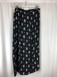 xhilaration-Size-M-BLACK-AND-WHITE-Skirt_231933C.jpg