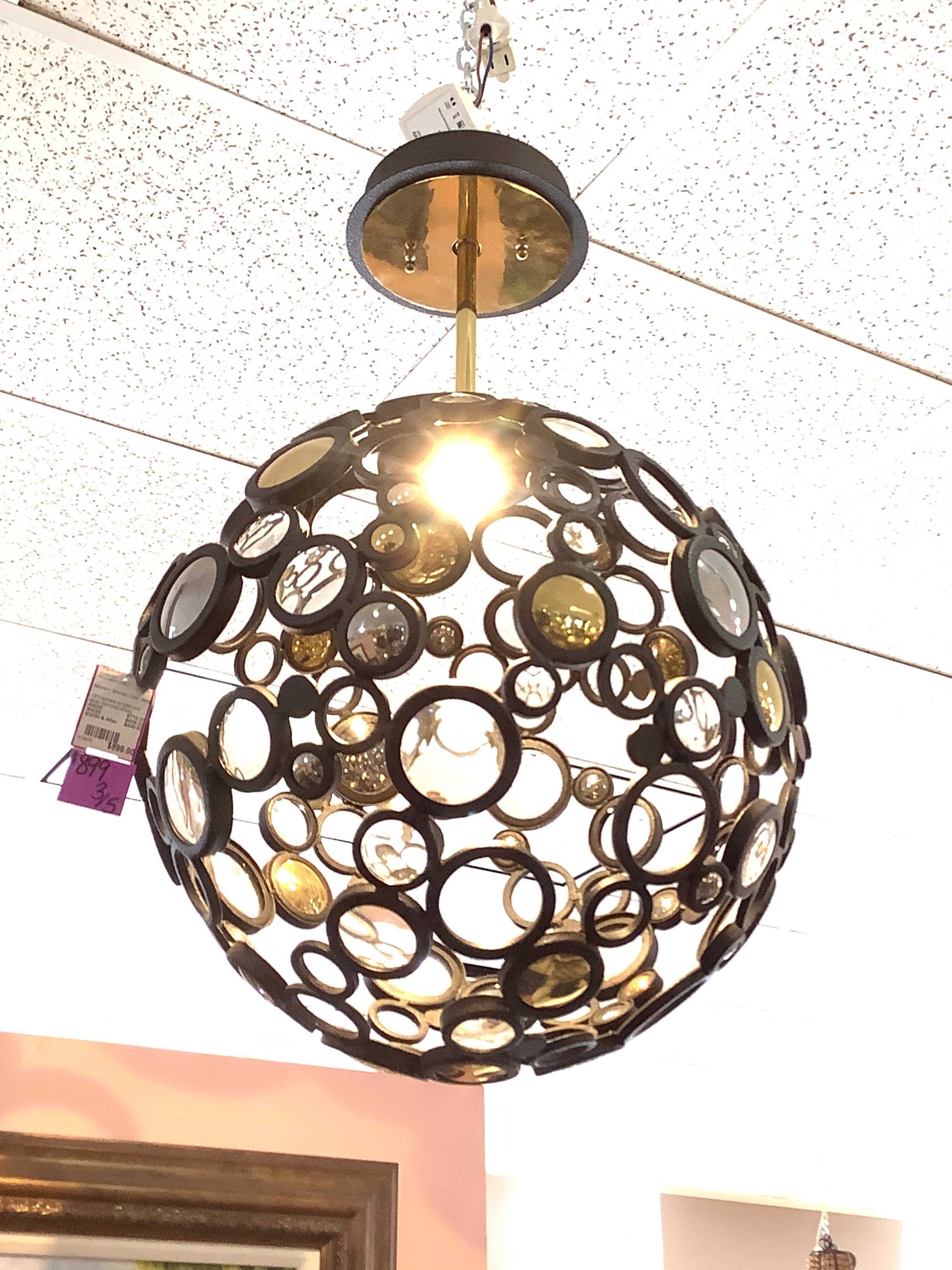 PENDANT-LIGHT_234406A.jpg