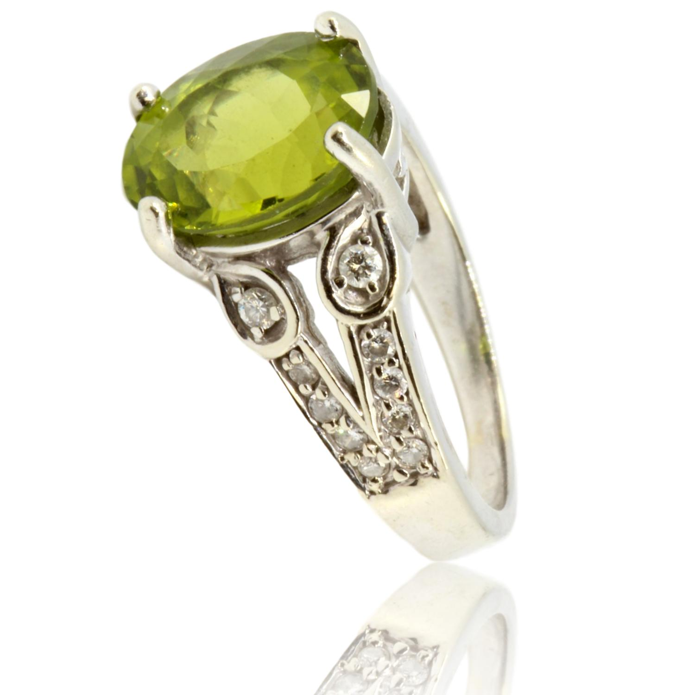 14K-White-Gold-4-carat-Peridot--.27ctw-Diamond-Ring_88313A.jpg
