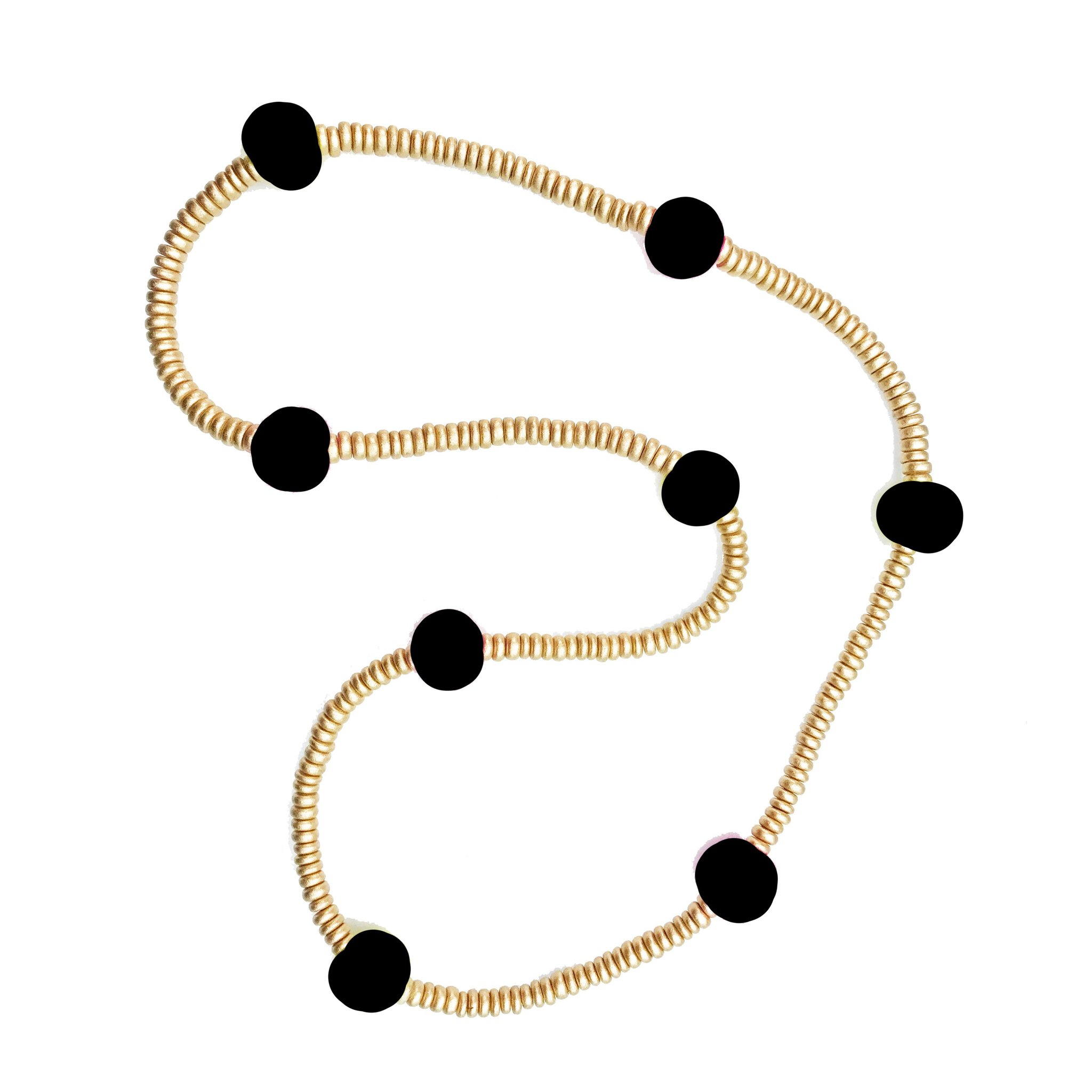 MARY-SQUARE-Size-One-Black--Gold-Necklaces_104638A.jpg
