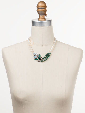 Viserion Classic Necklace in Antique Silver-tone Snowy Moss displayed on a necklace bust