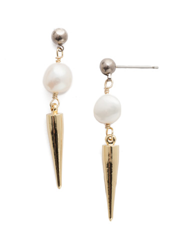To the Point Post Earring in Mixed Metal Modern Pearl