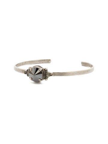 Radiant Round Bracelet in Antique Silver-tone Black Onyx