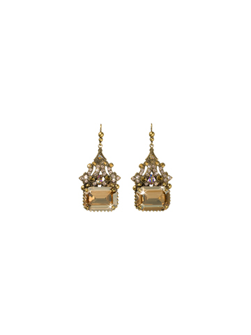 Evening Glamour Earring in Antique Gold-tone Raw Sugar