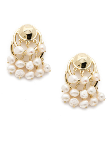 Federica Earring in Bright Gold-tone Polished Pearl