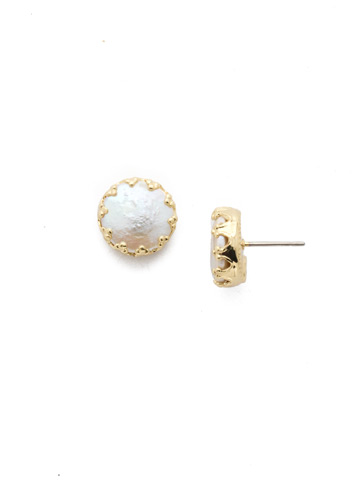 Isabella Earring in Bright Gold-tone Polished Pearl