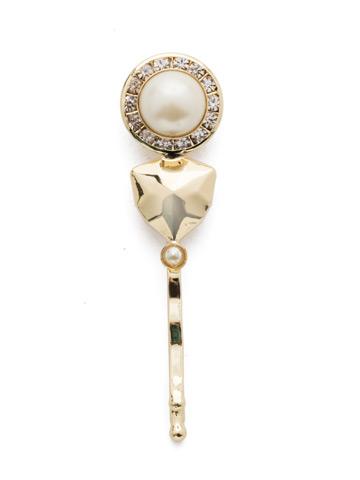 Gadot Barrette in Bright Gold-tone Modern Pearl