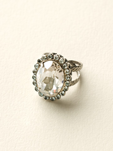 Glamorous Oval-Cut Crystal Ring in Antique Silver-tone Crystal Rock