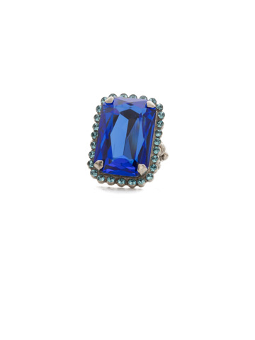 Luxurious Emerald-Cut Cocktail Ring in Antique Silver-tone Ultramarine