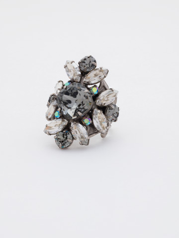 Floral Crystal Cluster Cocktail Ring in Antique Silver-tone Crystal Rock