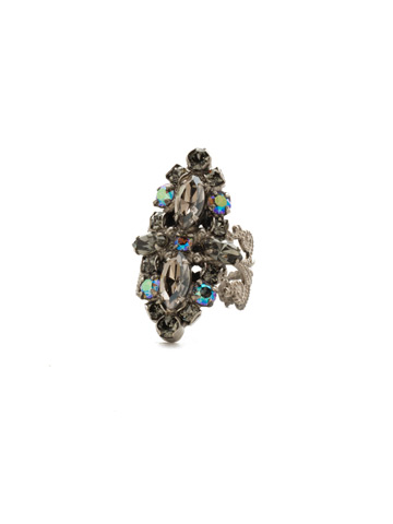 Edelweiss Ring in Antique Silver-tone Crystal Rock