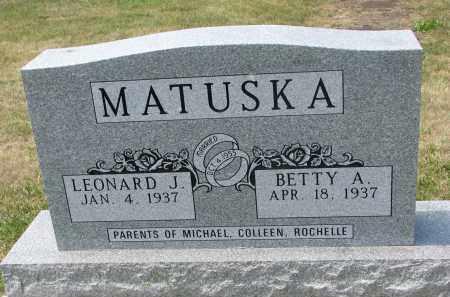 MATUSKA, LEONARD J. - Bon Homme County, South Dakota | LEONARD J. MATUSKA - South Dakota Gravestone Photos