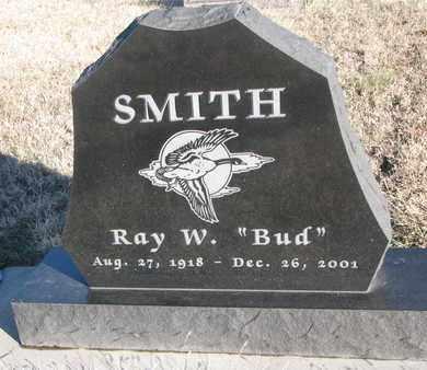"""SMITH, RAY W. """"BUD"""" - Bon Homme County, South Dakota   RAY W. """"BUD"""" SMITH - South Dakota Gravestone Photos"""