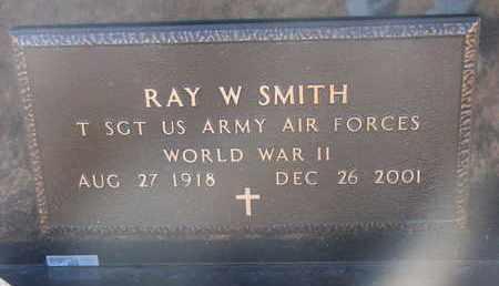 SMITH, RAY W. (WW II) - Bon Homme County, South Dakota   RAY W. (WW II) SMITH - South Dakota Gravestone Photos