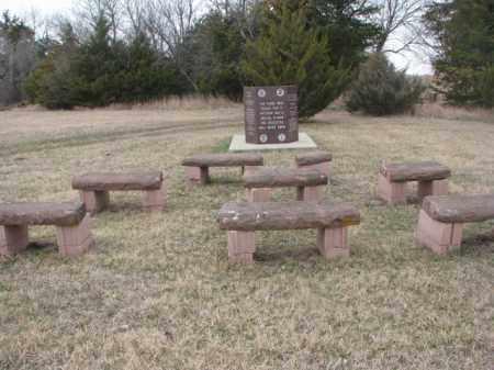 *SPRINGFIELD, VETS MONUMENT - Bon Homme County, South Dakota | VETS MONUMENT *SPRINGFIELD - South Dakota Gravestone Photos